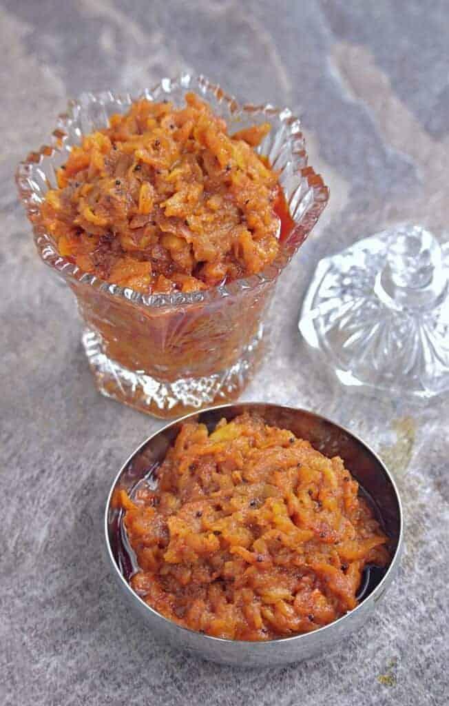 Indian style Apple pickle / thokku