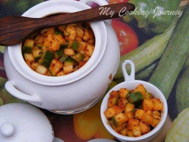 Menthiya Mangai Urugai | Cut Mango Pickle