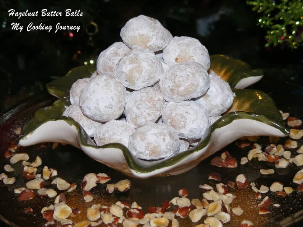 http://www.mycookingjourney.com/2012/12/hazelnut-butter-balls-egg-less.html