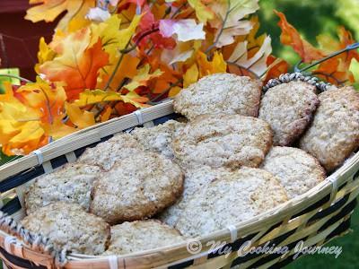 http://www.mycookingjourney.com/2013/09/oatmeal-coconut-cookies-bm-32.html