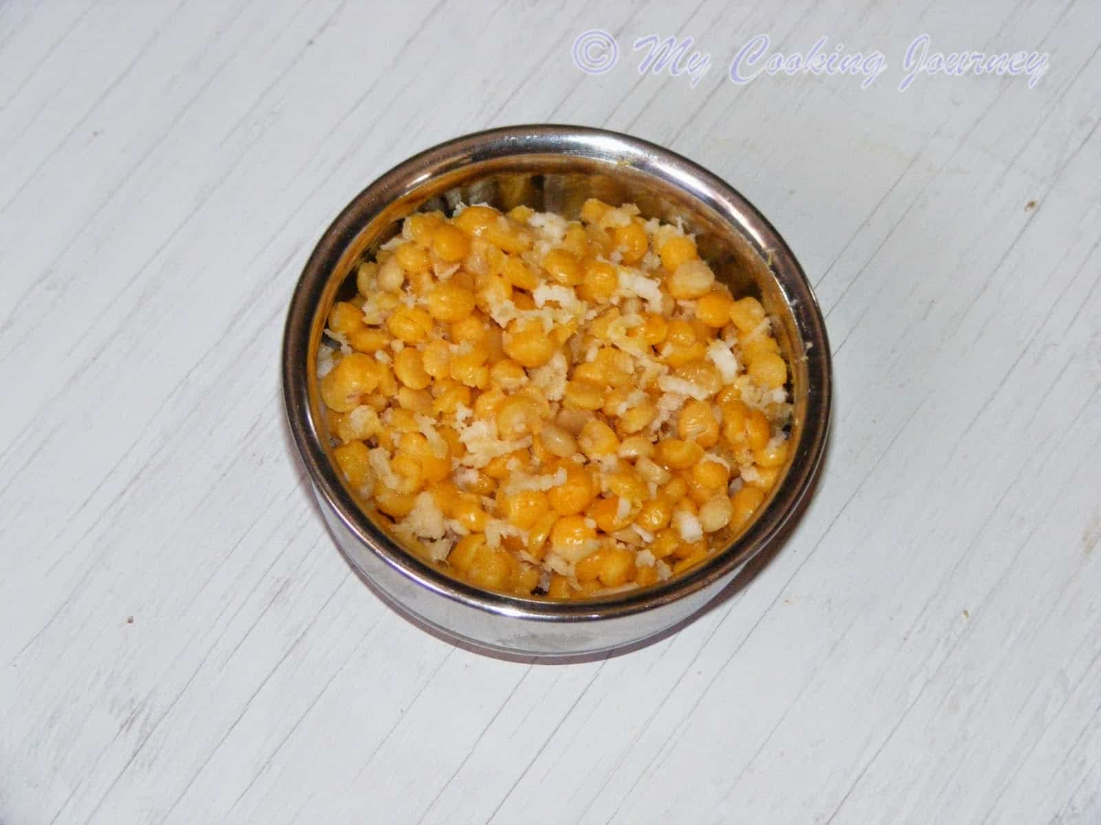 Kadalai Paruppu Sweet Kosumalli – Channa dal Sweet Salad