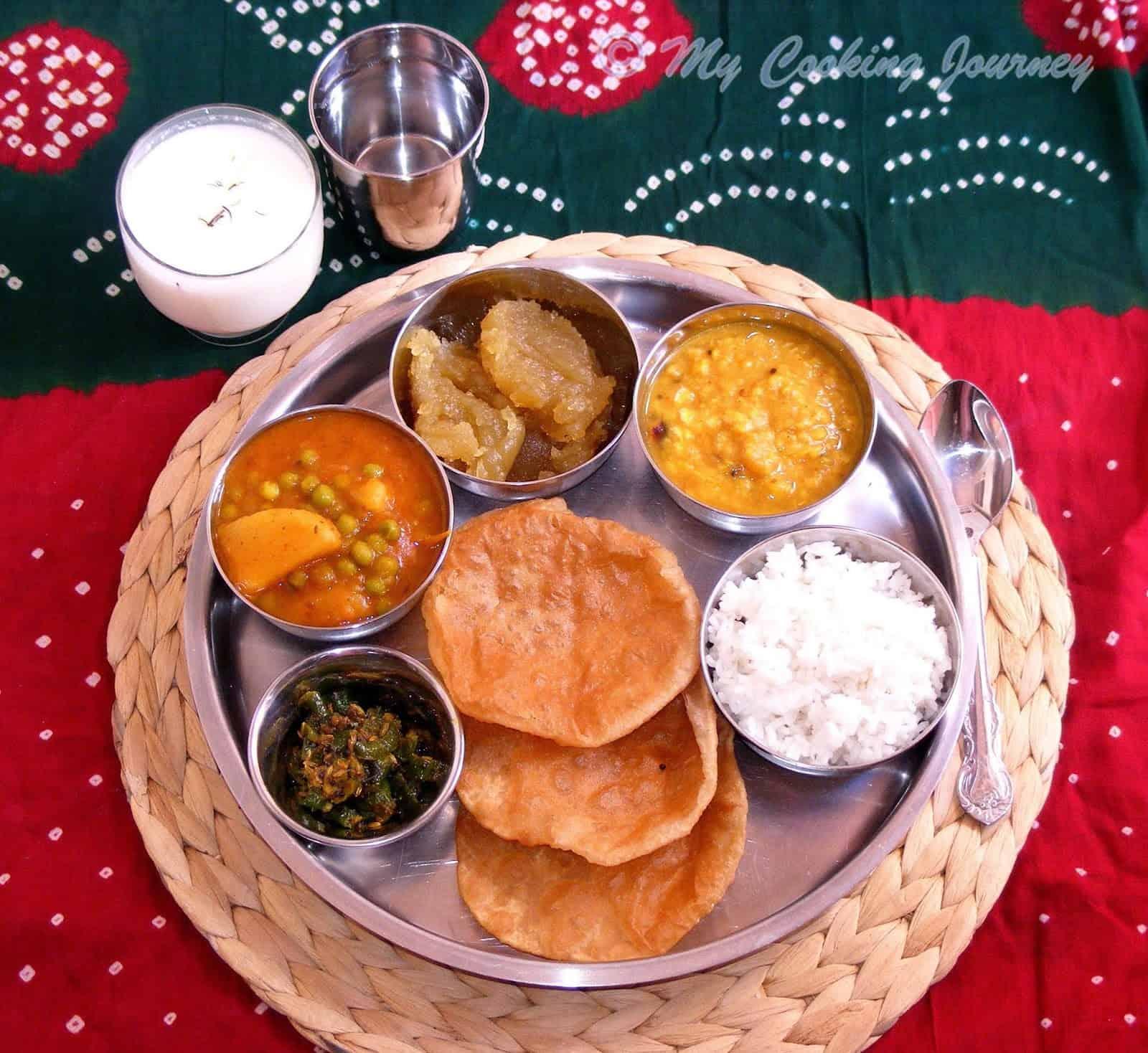 Mini Thaali from Uttar Pradesh – No Onion, No Garlic Thaali