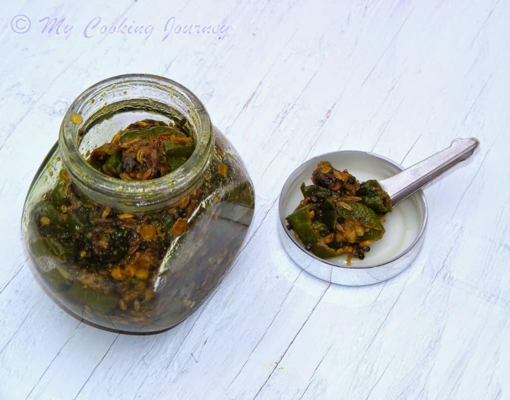 Hari Mirch ke Tipore – Green Chili Pickle