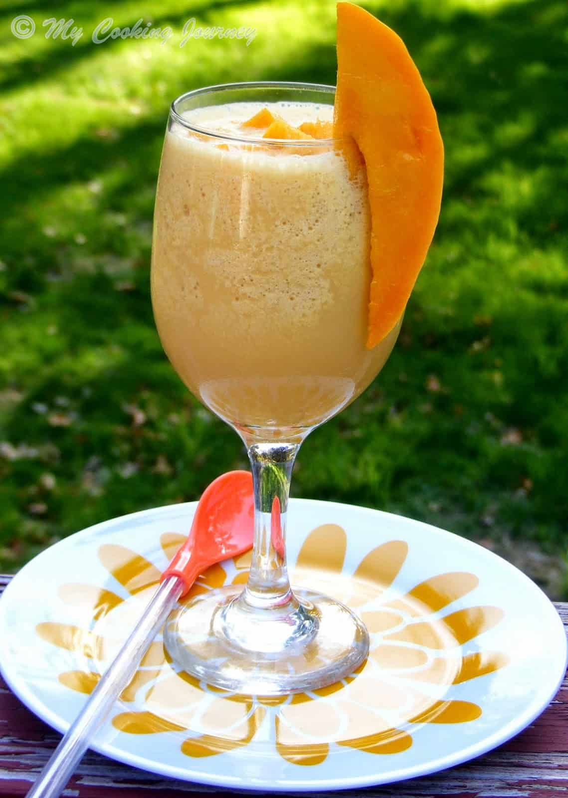 Mango Julius – Blended Cocktail