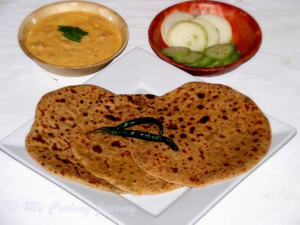 http://www.mycookingjourney.com/2014/04/bikaneri-channa-dal-paratha-from.html