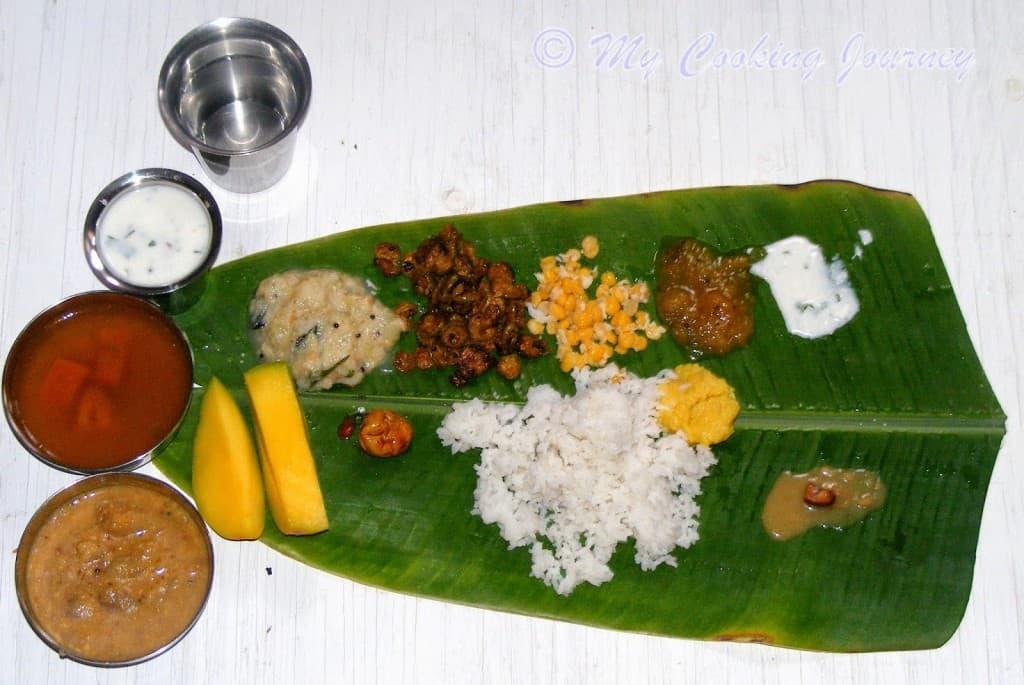 http://www.mycookingjourney.com/2014/04/virundhunar-saapadu-from-tamil-nadu.html