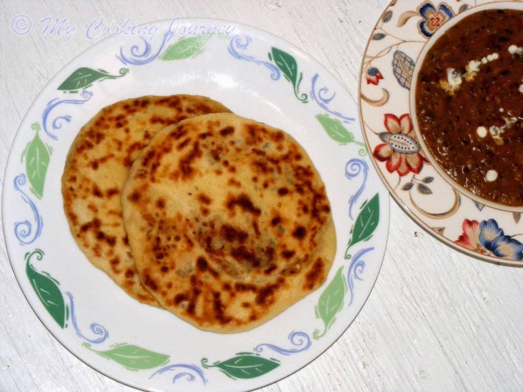 Amritsari Kulcha with subzi