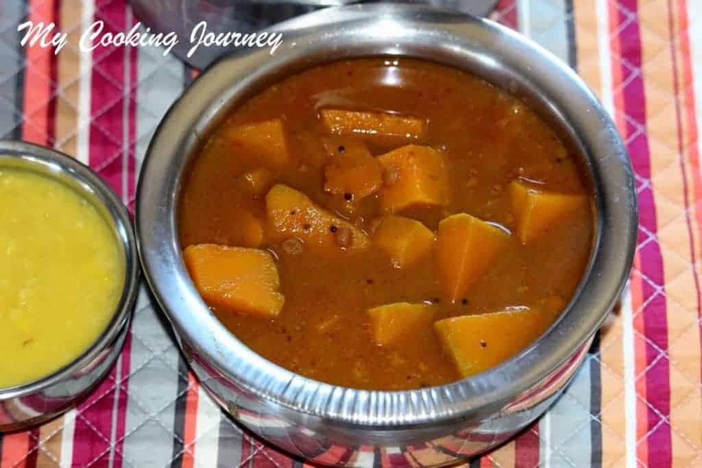 https://mycookingjourney.com/2014/01/parangikkai-vathal-kuzhambu-pumpkin.html