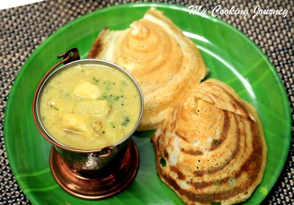 Kadappa  and dosai in a plate