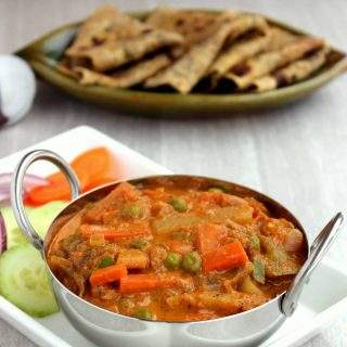 Kadai Vegetable Gravy | Restaurant Sytle Kadai Vegetable