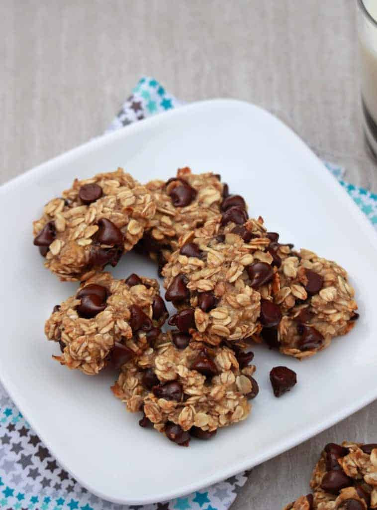 3 Ingredient Banana Oatmeal Chocolate Chip Cookies