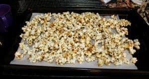 3 Ingredient Old Fashioned Kettle Corn Popcorn