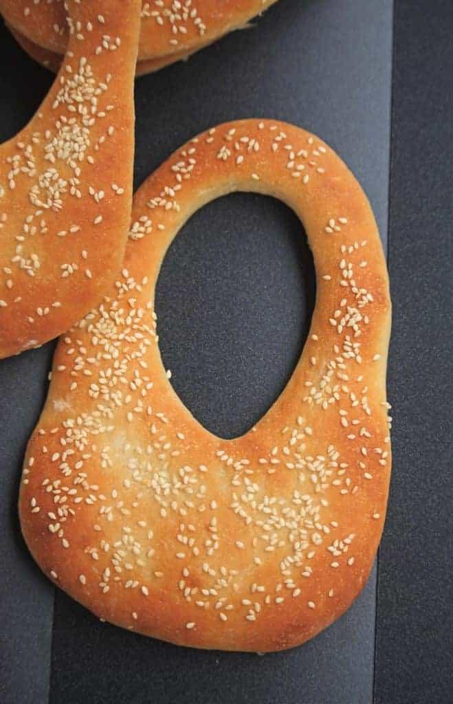Ka'ak Bread | Kaak | Lebanese Purse Bread