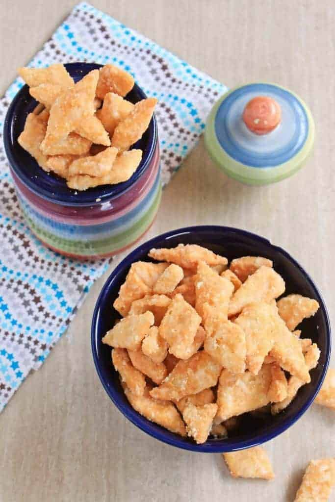 Shakkarpara | Shankarpali | Sugar Coated Diamond Biscuits