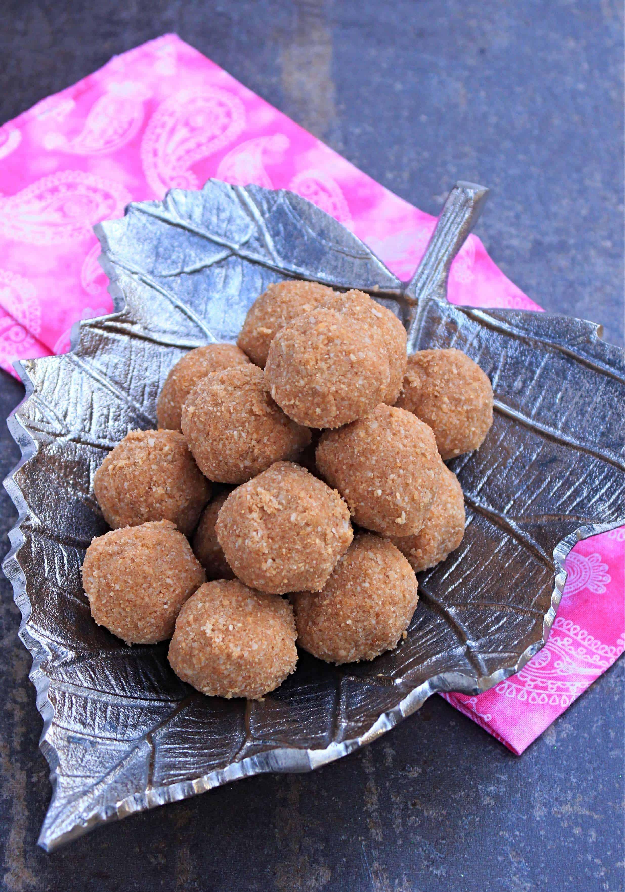 Andi Unda | Kerala Style Cashew Rice Ball