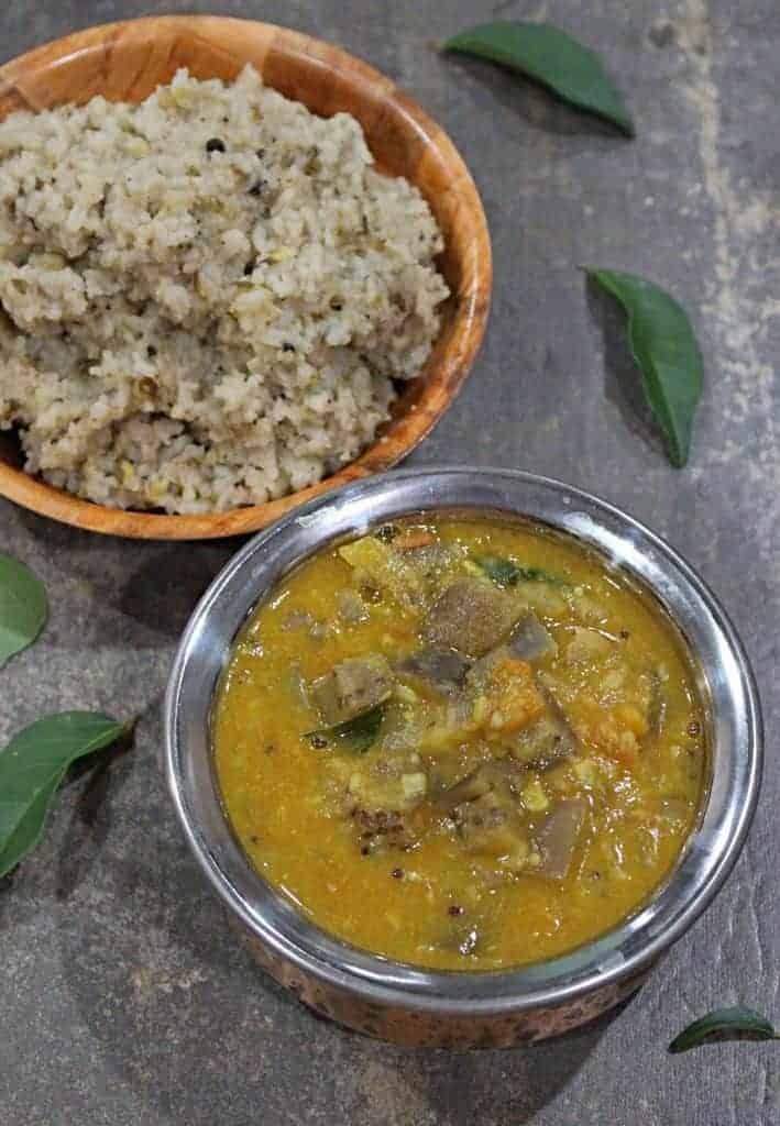 Kathirikkai Gothsu | Eggplant / Brinjal Gothsu