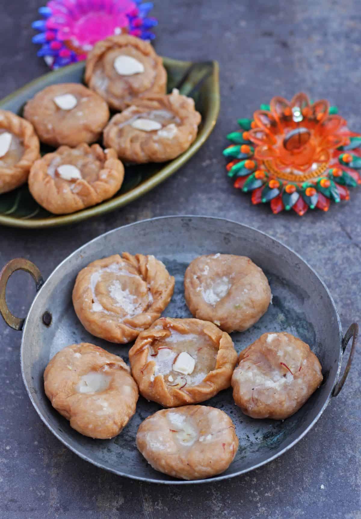 Badusha in a plate